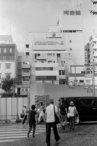 横浜東急ハンズビル跡地