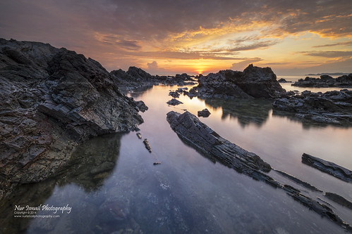 seascape reflection sunrise fujifilm epic rockybeach terengganu cloudformations xt1 pantaipandak nurismailphotography vmy2014 nurismail visitmalaysiayear2014 vmy2104