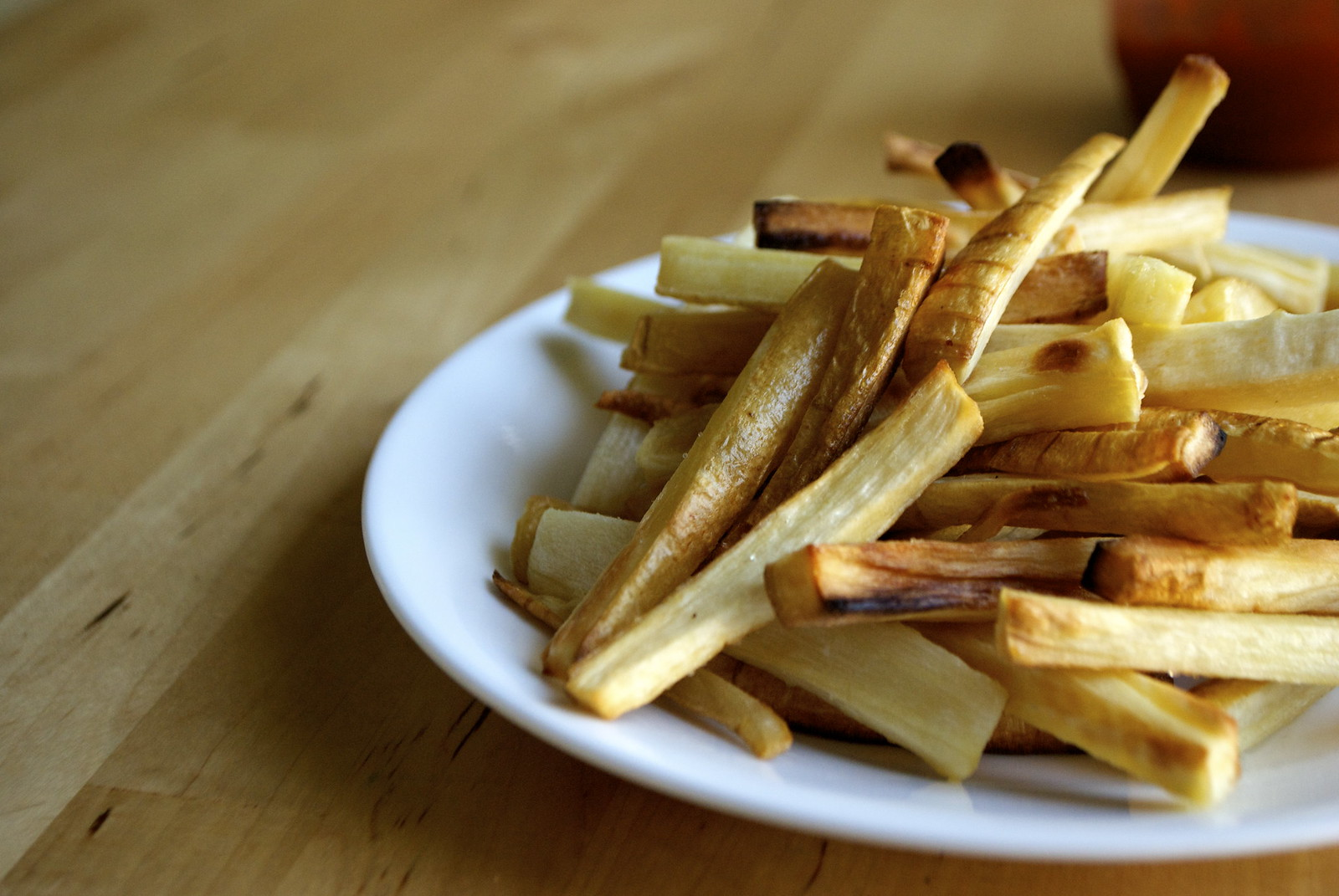 oven-roasted parsnip fries