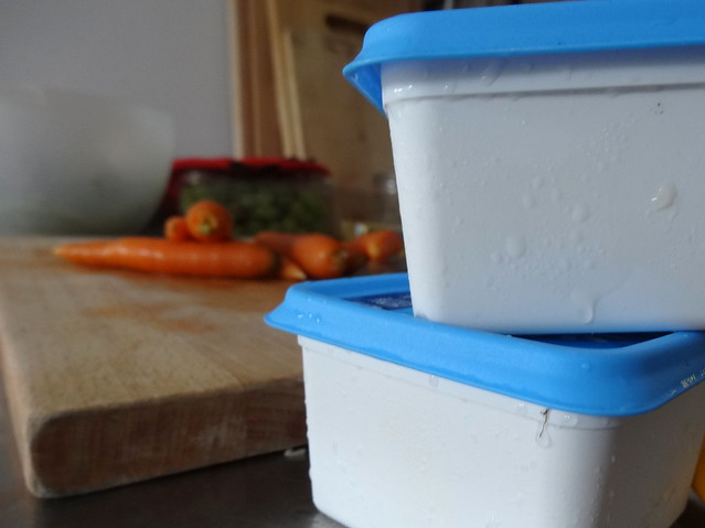 "Freezer containers of ""base"""