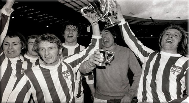 picture of Stoke City with League Cup