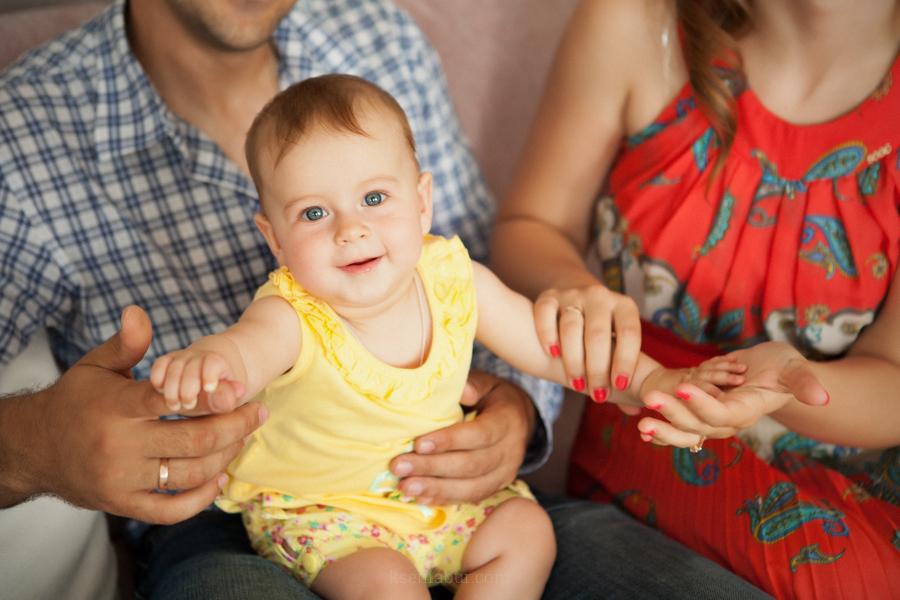 Семейная фотосессия, семейный фотограф6 детская фотосъемка, детский фотограф, фотосессия в сиудии, интерьернаястудия, фото  в студии