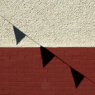three shadow pennants
