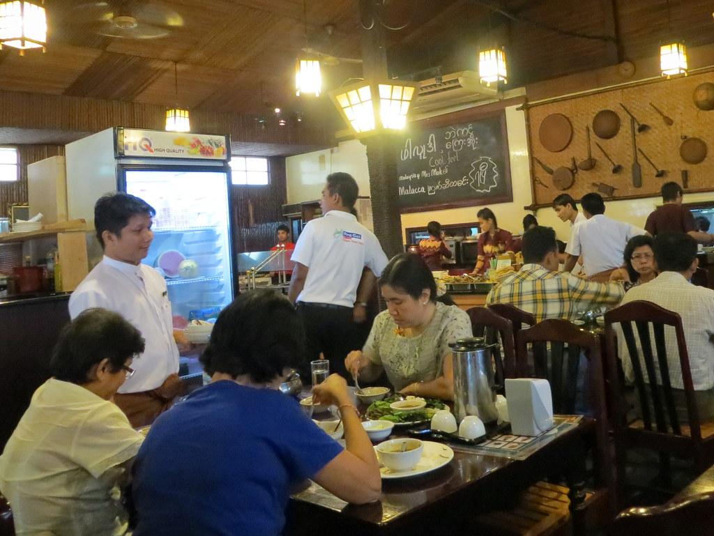 Bangkok ja Yangon 622-001