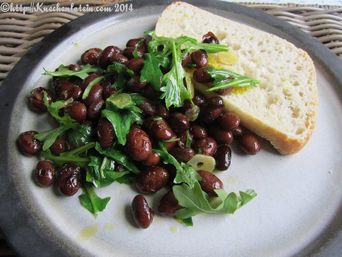 ©Borlotti with rapekernel oil and focaccia from Nigel Slater (2)