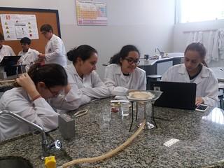 Laboratório de Química: imaginando explicações - 9º ano (mar/2017)