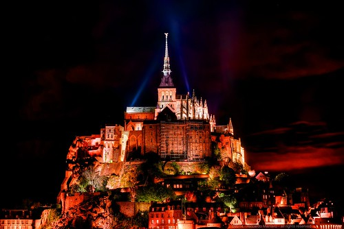 red sky cloud france building castle monument saint night clouds landscape lights europe day landmark lower michel normandy mont dreamscape montsaintmichel riccardo dreamview mantero potd:country=it