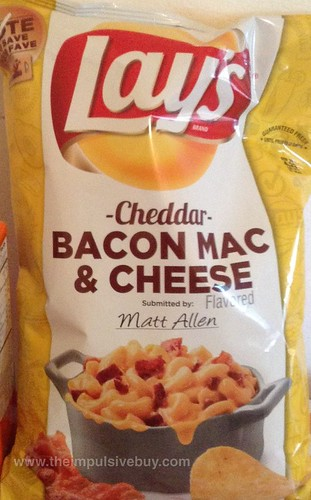 Lay's Cheddar Bacon Mac & Cheese Potato Chips
