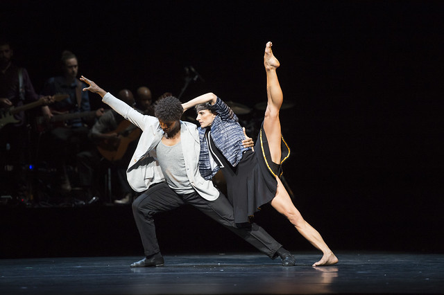 Carlos Acosta and Pieter Symonds in Cubanía © ROH / Bill Cooper 2014