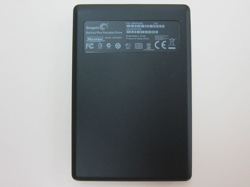 Seagate Backup Plus Slim - Bottom