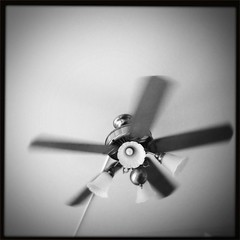 white(1.0), ceiling fan(1.0), monochrome photography(1.0), mechanical fan(1.0), close-up(1.0), monochrome(1.0), black-and-white(1.0), black(1.0),