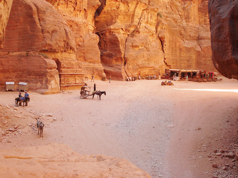 Image of the entrance of Petra, Jordan at sunrise
