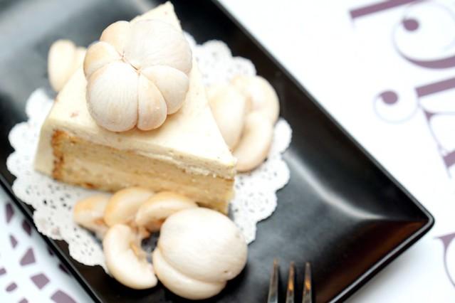 mangosteen cake - swich cafe publika-001