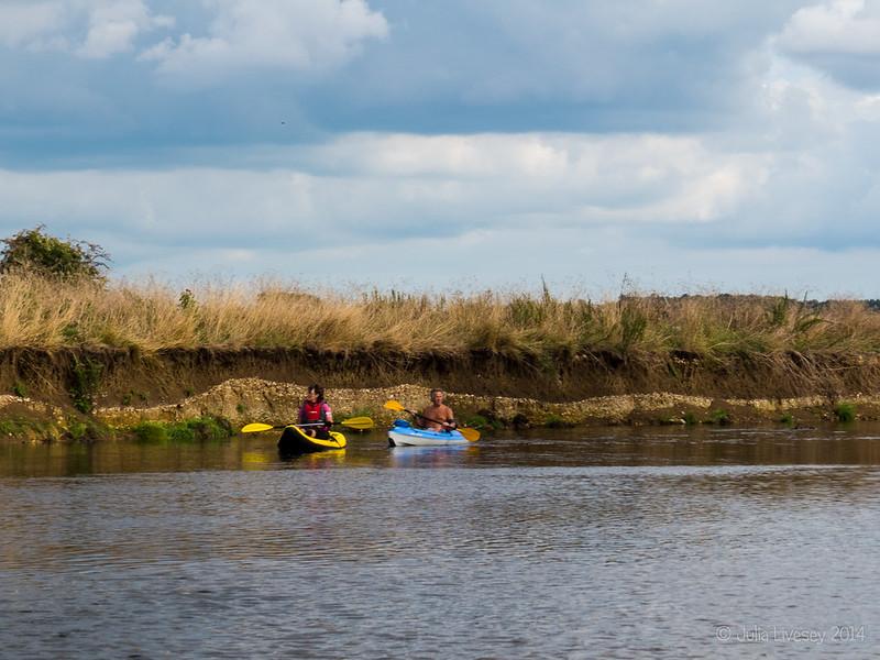 More canoeists
