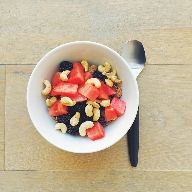 Breakfast fruit salads. Watermelon week: watermelon, blackberries, cashews, bran flakes, almon milk. #instafood #instasalad #feelgood #healthy #healthyfood #saladpride #saladlove #saladjam #salad #vegetarian #vegan #desk #veg #veganfood #veganshare #clean