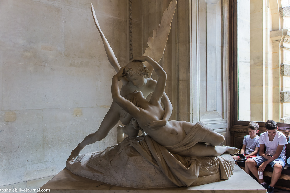 Louvre-51