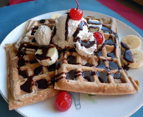 Waffle Wednesday - Banana Split Waffle Sundaes (0001)