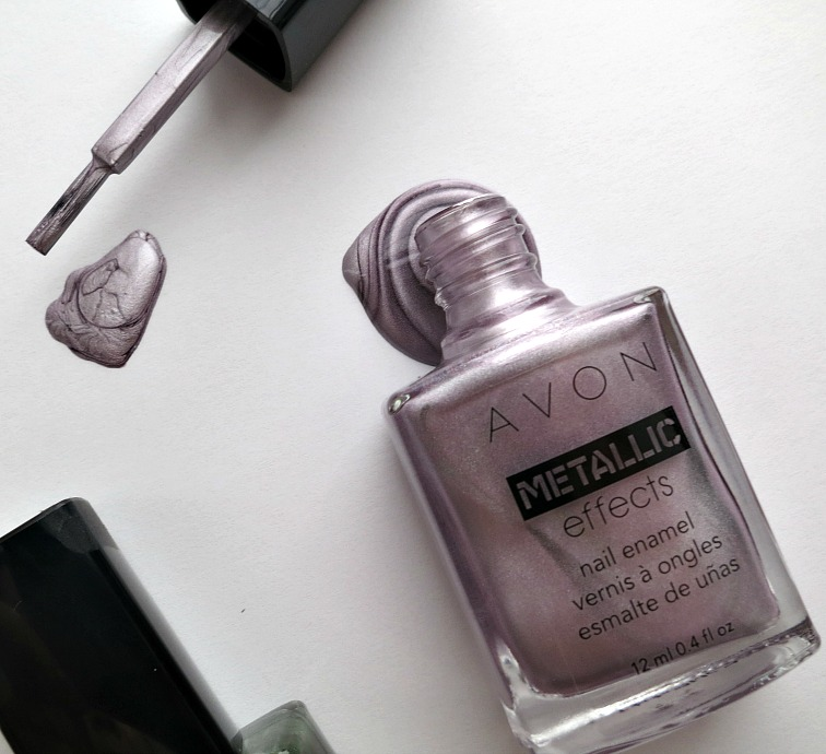 avon-metallic-nail-polish-icy-purple-bottle