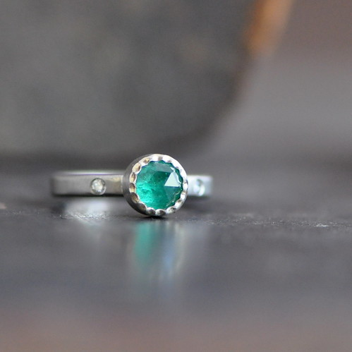 emerald ring 14k palladium white gold