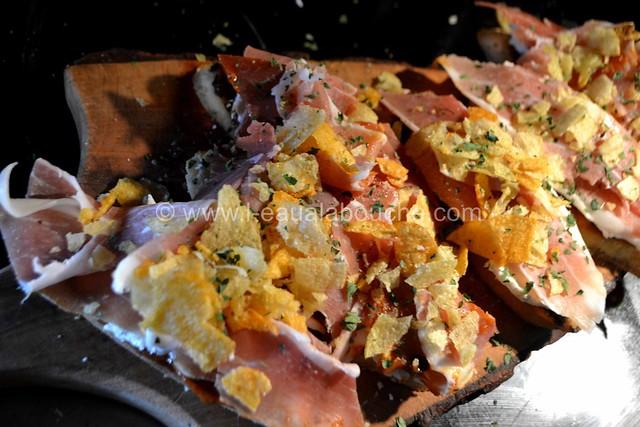 Toasts de Chèvre et de Jambon de Parme © Ana Luthi Tous droits réservés 005_GF