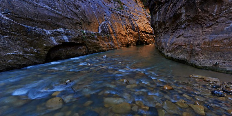 The golden Wall in the Narrows - Zion National Park