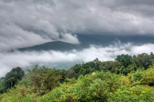 park usa mountains fog outdoors virginia day blueridgemountains shenandoahnationalpark augustacounty mccormickgapoverlook