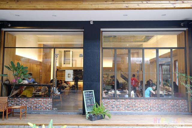 下午茶,台中西區,咖啡,咖啡廳,早午餐,春水堂,精明一街,複合式餐廳,西式甜點,雜貨,鬆餅,麵包 @強生與小吠的Hyper人蔘~