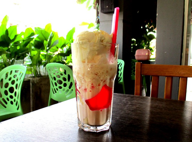 Payung Cafe jelly pisang