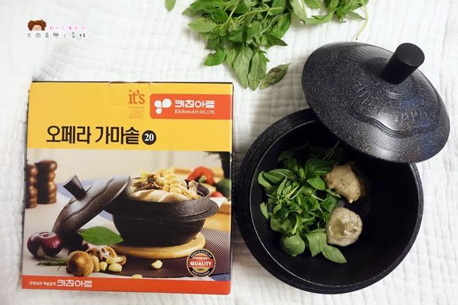 Kitchen Art 韓式輕量砂鍋 (19).JPG