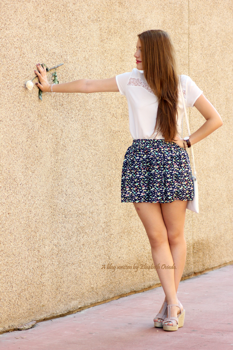cuñas-Alex-Silva---falda-estampado-corazones---HEELSANDROSES-(7)