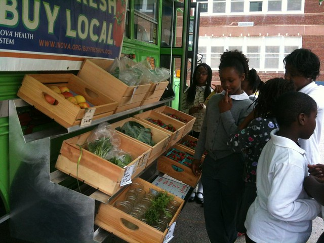 the Mobile Market visits a local school (courtesy of Arcadia Center for Sustainable Food & Agriculture)