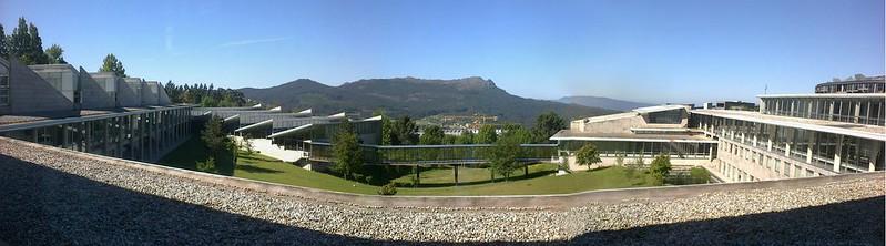 Vista dende a Facultade de Económicas e Empresariais da Universidade de Vigo, Campus As Lagoas-Marcosende