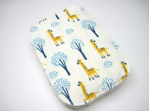 Giraffe Two Ply Flannel Wipes