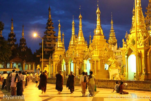 Shwedagon Pagoda-10