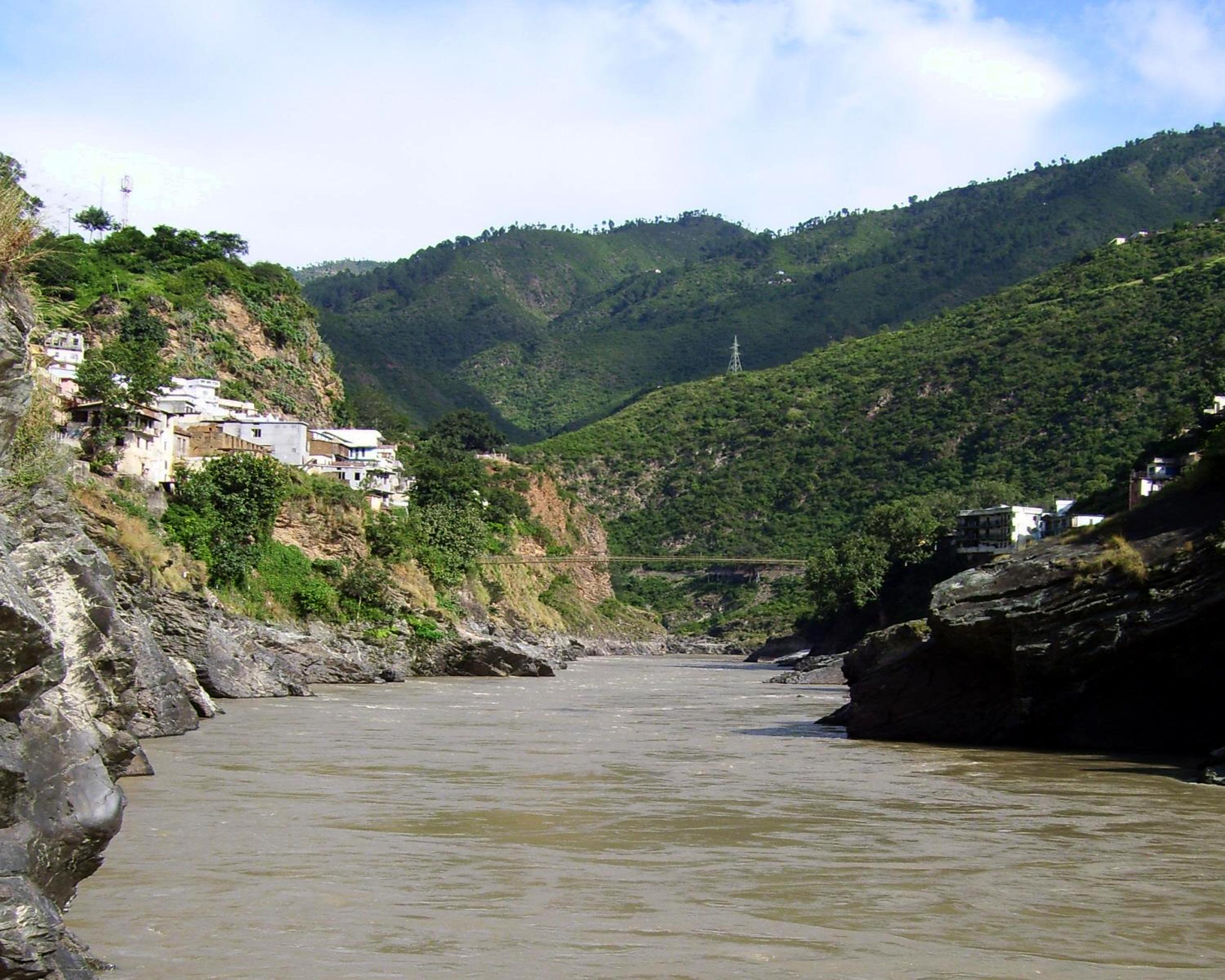 अलकनंदा नदी