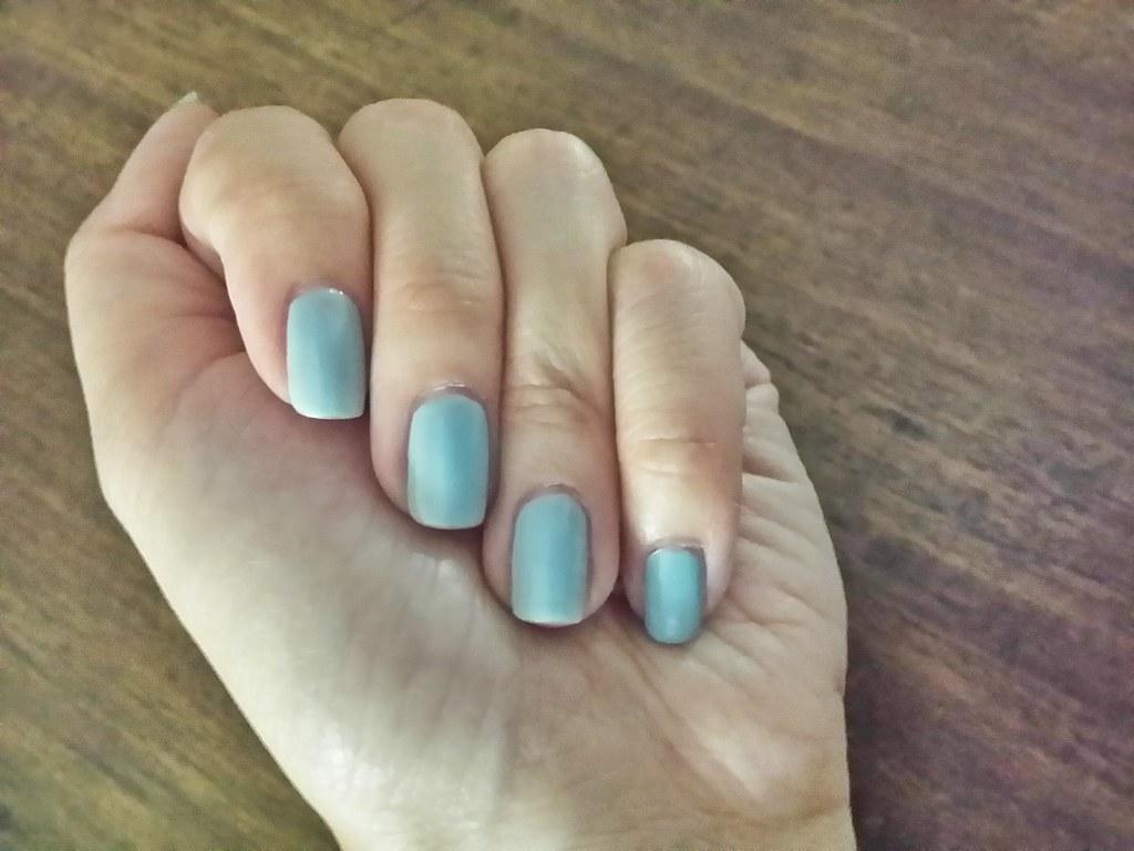 Ruby-wing-light-blue
