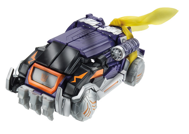 Soundwave-vehicle-SDCC-2014-Hasbro-Transformers-30th-Anniversary-Knights-of-unicron-Set-Exclusive