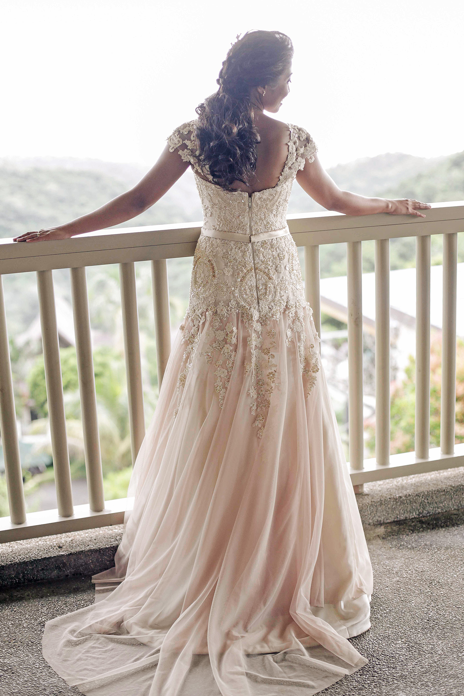 Lace Bridal Gown And Entourage By Camille Co   Camille Tries to Blog