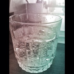 old fashioned glass, drinkware, distilled beverage, highball glass, glass, drink,