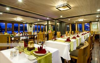 Restaurant - Pelican Cruise