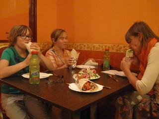 2014-03-budapest-070-pita restaurant