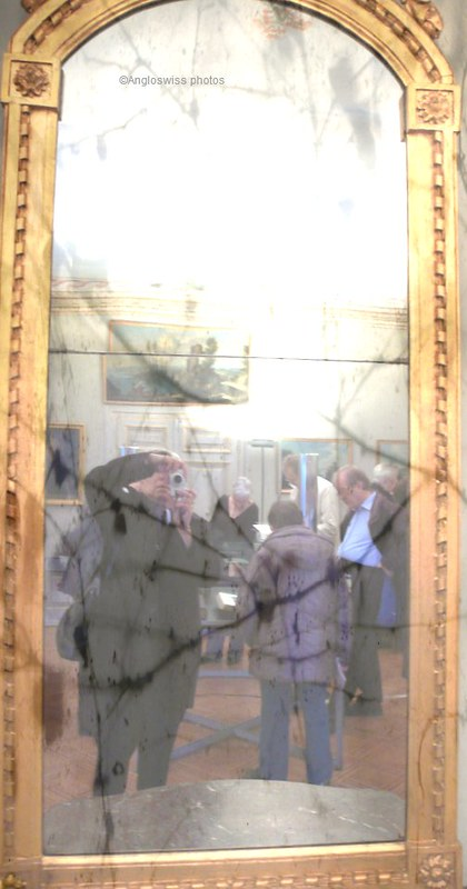 Mirror, Castle Waldegg, Feldbrunnen