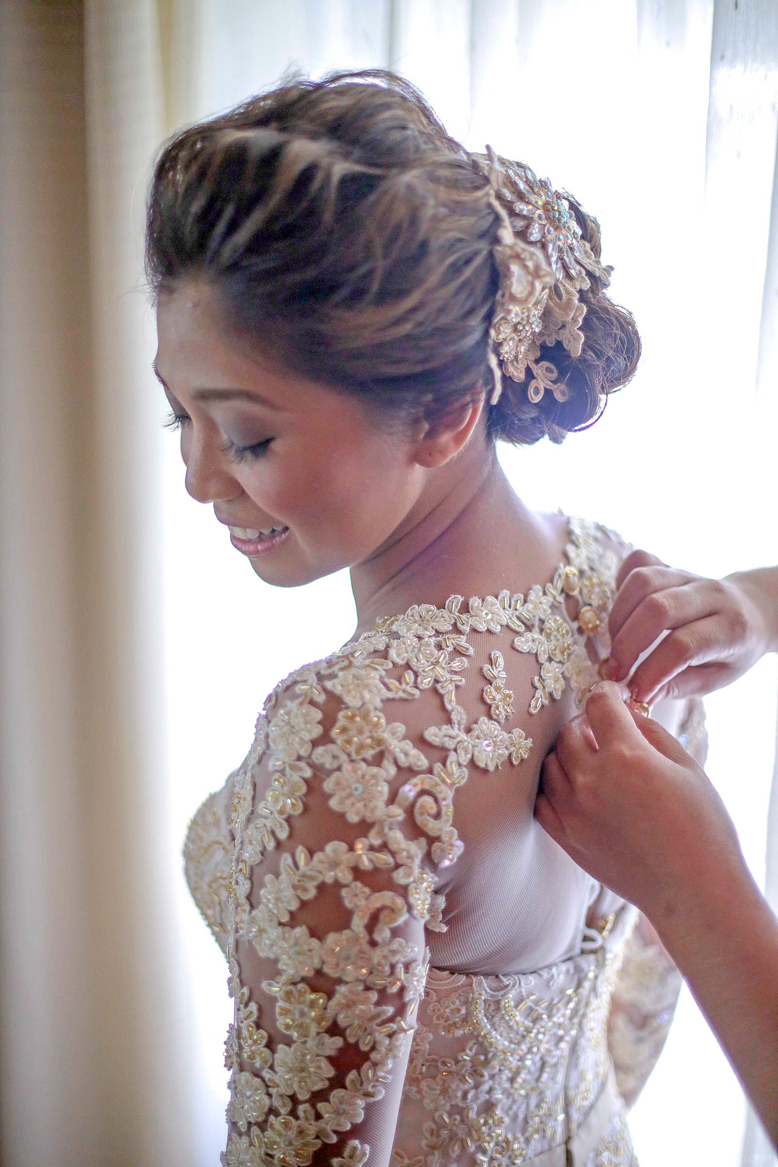 Lace Bridal Gown And Entourage By Camille Co | Camille Tries to Blog