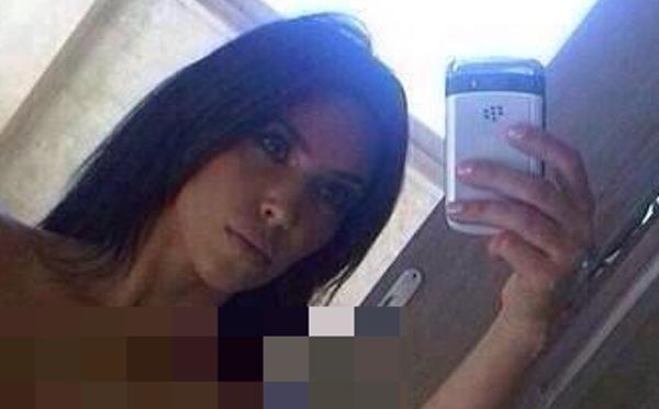 kim kardashian uncensored blackberry (4)
