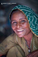 "Femme ""Kalbelia"" dans les Camps de Gypsy à Pushkar (Rajasthan-Inde) - Woman ""Kalbelia"" in the Gypsy Camps in Pushkar (Rajasthan-India)"