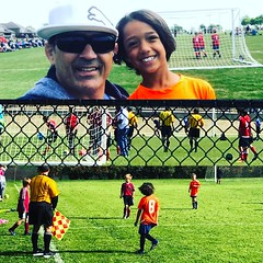 PaPa Kado today is a soccer coach and driver for my grandsons Reid and JoJo they play in diferentes folds and time I need drop one watch and go pick up another one , drop and come back to pick up the first one , lol but I love them and is good be grandpa