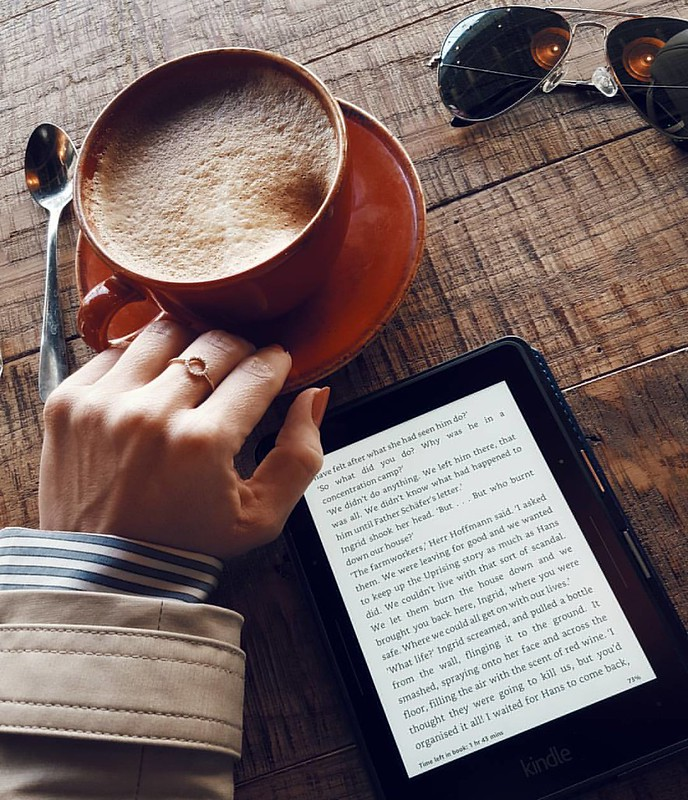 This is me...for the whole of today 😀 Books and coffee ☕📚 Sometimes we just need some time to ourselves 😊 #lifestyle #30plusblogs #generation30plus #lbloggersuk #londonblogger #coffeetime
