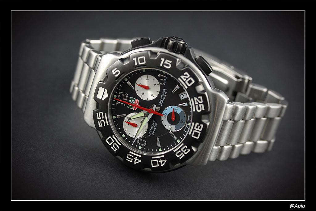 Breitling - J'hésite entre trois montre (oris, breitling,tag heuer) - Page 2 14279802450_5b428cee96_b
