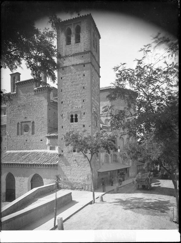 Santiago del Arrabal a comienzos del siglo XX. Fotografía de J. Lacoste © MECD, Fototeca del IPCE, signatura VN-22642_P