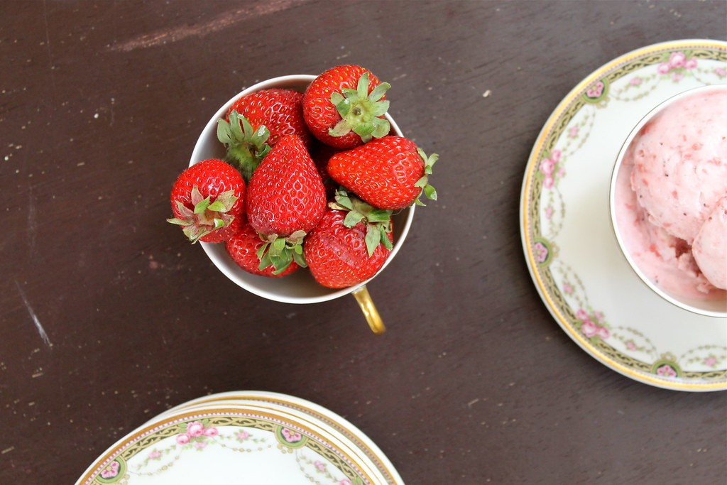 strawberries and ice cream | http://www.katesshortandsweets.com